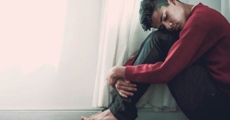 6 sintomas de doenças mentais que o corpo te dá