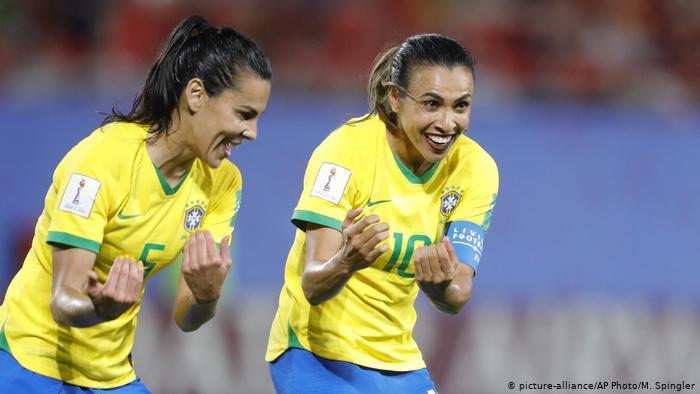 Marta se tornou a maior artilheira da história das Copas do Mundo