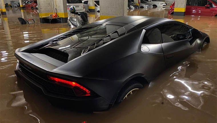 Lamborghini atingida pela enchente em SP não tinha seguro