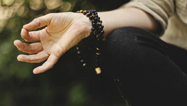 Meditação pode te ajudar a cometer menos erros, afirma estudo