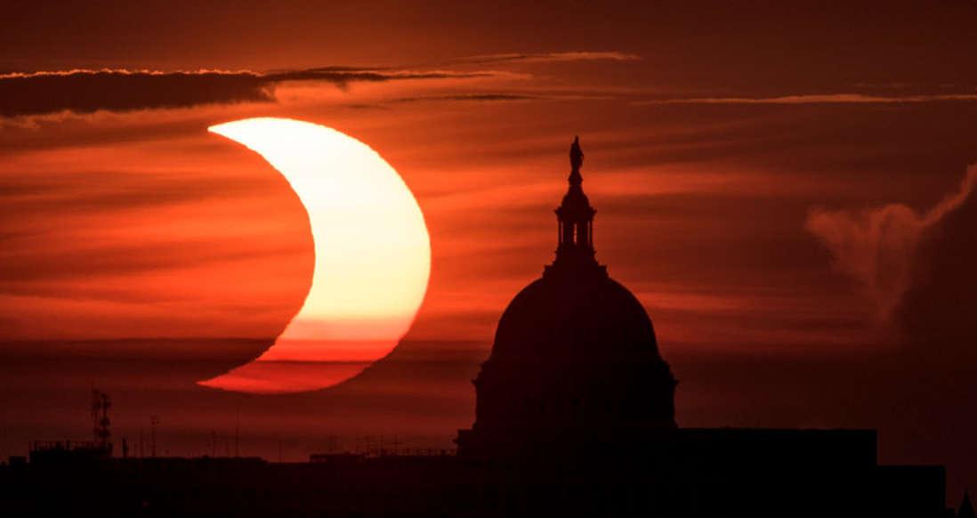Nasa divulgou fotos e vídeo do eclipse solar anel de fogo fotos