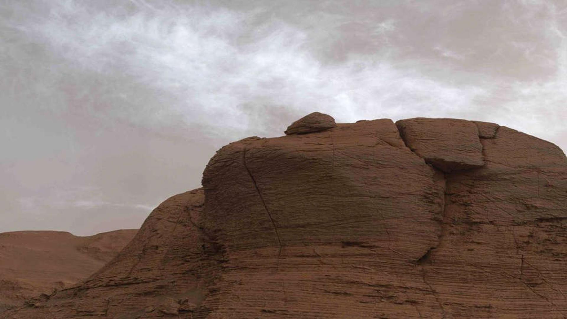 Robô Curiosity registrou nuvens raras